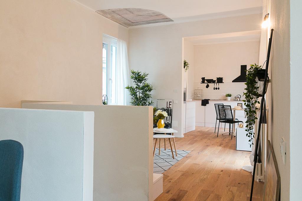 Casa su due piani in precollina con3studio architetti Piemonte