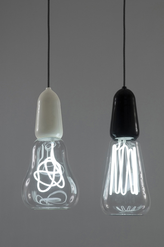 04_light_bulbs