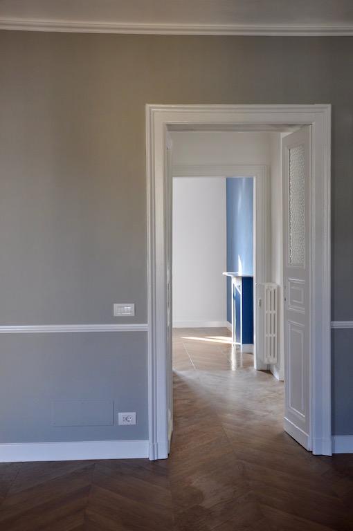 Casa su due piani con sottotetto nel centro di torino for Piani di casa rustici con soppalco